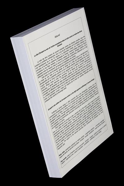 La Couverture De La Th 232 Se Et Le Marque Page